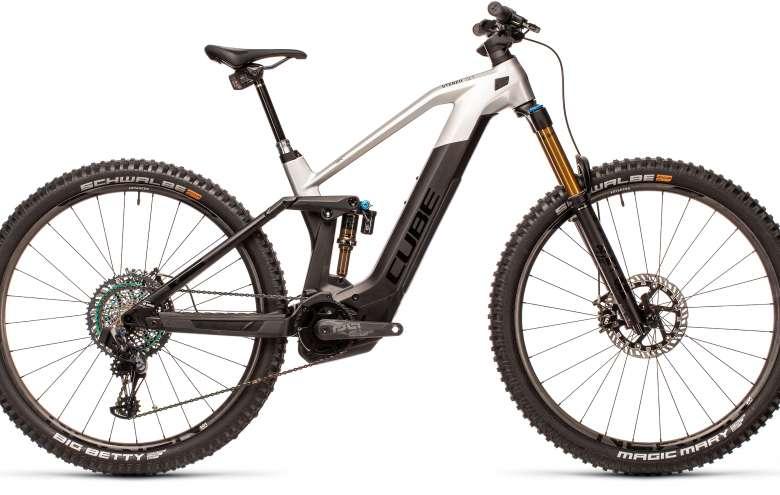 https://www.rentingebike.com/wp-content/uploads/2020/08/cube-stereo-hybrid-140-hpc-slt-625-kiox-carbon-plata.jpg